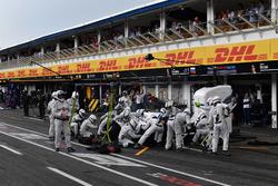 Sergey Sirotkin, Williams FW41, s'arrête aux stands