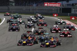 Start: Sebastian Vettel, Mark Webber, Red Bull lead