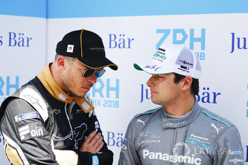 Andre Lotterer, Techeetah, talks to Nelson Piquet Jr., Jaguar Racing
