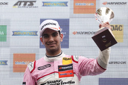 Podium: third place Jehan Daruvala, Carlin Dallara F317 - Volkswagen