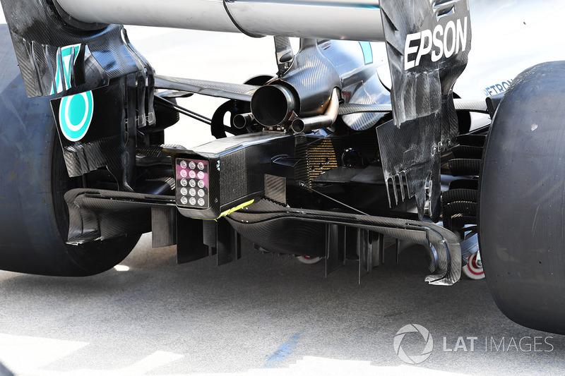 Mercedes-AMG F1 W09 rear