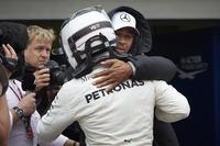 Lewis Hamilton, Mercedes AMG F1, ve Pole: Valtteri Bottas, Mercedes AMG F1