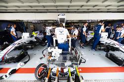 The cars of Felipe Massa, Williams FW40, Lance Stroll, Williams FW40