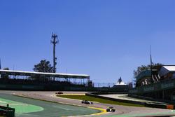 Carlos Sainz Jr., Renault Sport F1 Team RS17, Valtteri Bottas, Mercedes AMG F1 W08, Kimi Raikkonen, Ferrari SF70H