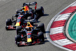 Max Verstappen, Red Bull Racing RB14 en Daniel Ricciardo, Red Bull Racing RB14