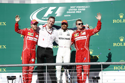 Race winner Lewis Hamilton, Mercedes AMG F1 celebrates on the podium alongside James Allison, Mercedes Technical Director, second place Sebastian Vettel, Ferrari and third place Kimi Raikkonen, Ferrari
