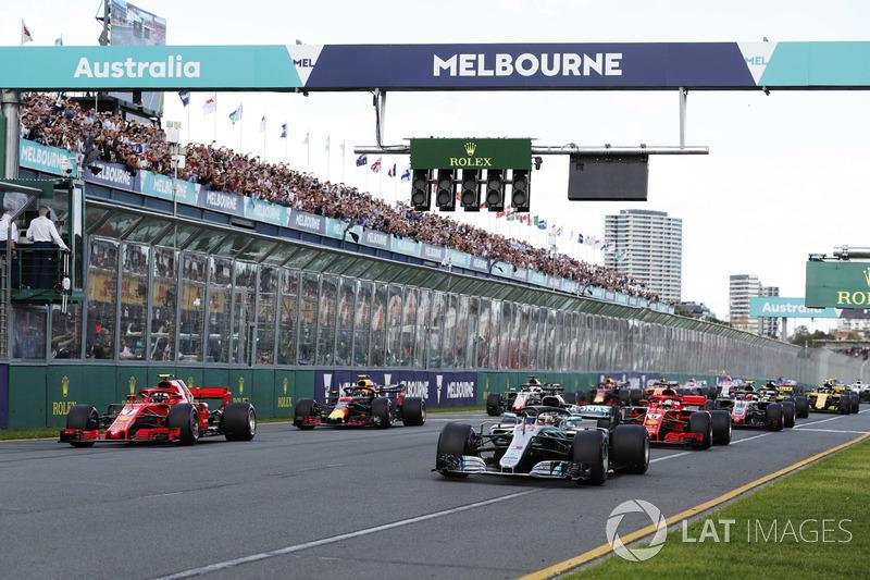 Salida: Lewis Hamilton, Mercedes AMG F1 W09