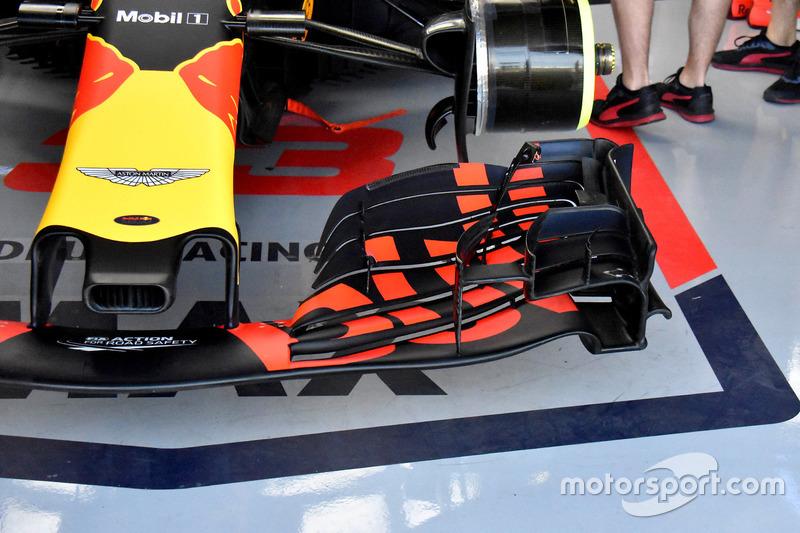 Dettaglio dell'ala anteriore di Max Verstappen, Red Bull Racing RB14