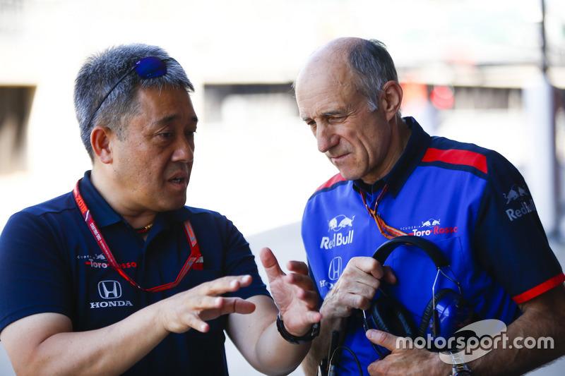 Генеральний директор Honda Motorsport Масасі Ямамото, керівник Toro Rosso Франц Тост