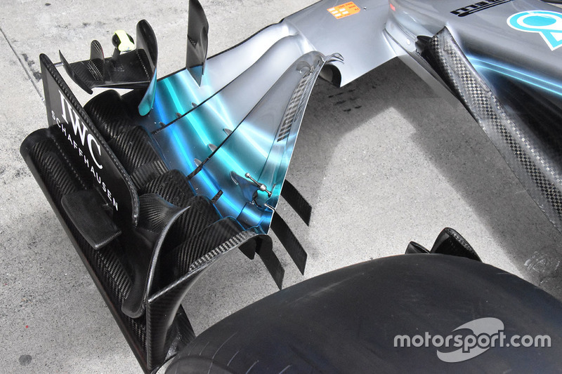 Mercedes-AMG F1 W09 front wing detail