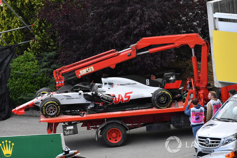 La voiture accidentée de Romain Grosjean, Haas F1 Team VF-18