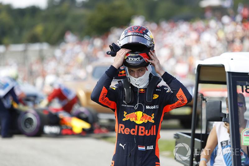 Max Verstappen, Red Bull Racing a abandonné