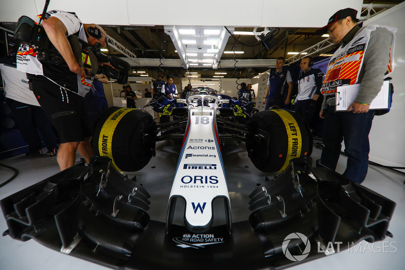 Lance Stroll, Williams Racing, in the team's garage