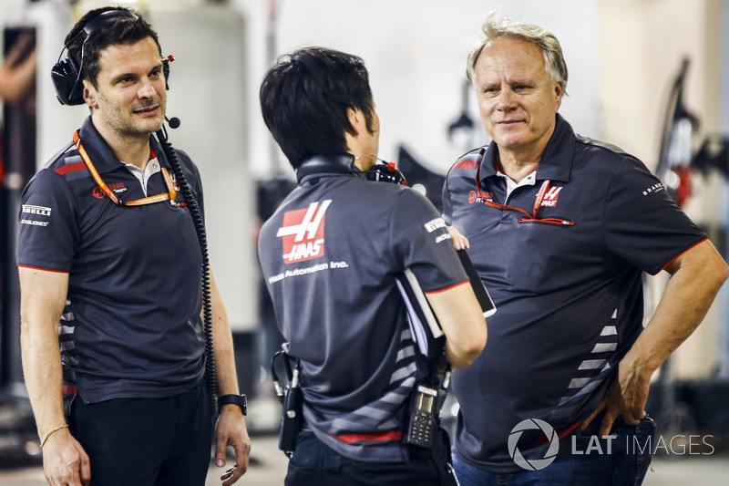 Ayao Komatsu, Chief Race Engineer, Haas F1, and Gene Haas, Team Owner, Haas F1, celebrate a good result