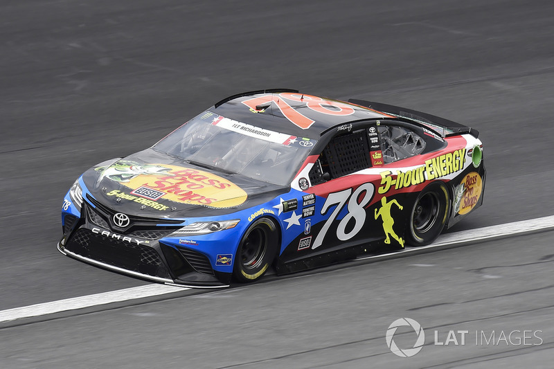 15. Martin Truex Jr., Furniture Row Racing, Toyota Camry Bass Pro Shops/5-hour ENERGY