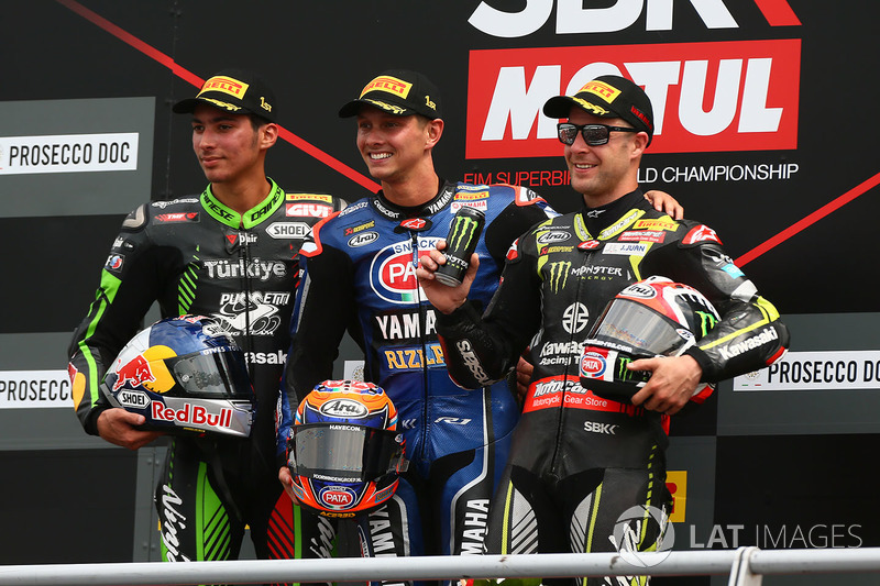 Podium: race winner Michael van der Mark, Pata Yamaha, second place Toprak Razgatlioglu, Kawasaki Puccetti Racing, third place Jonathan Rea, Kawasaki Racing