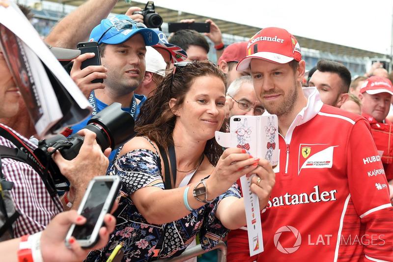 Себастьян Феттель, Ferrari, уболівальники