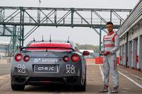 De snelste op afstand bestuurbare Nissan GT-R met Jann Mardenborough