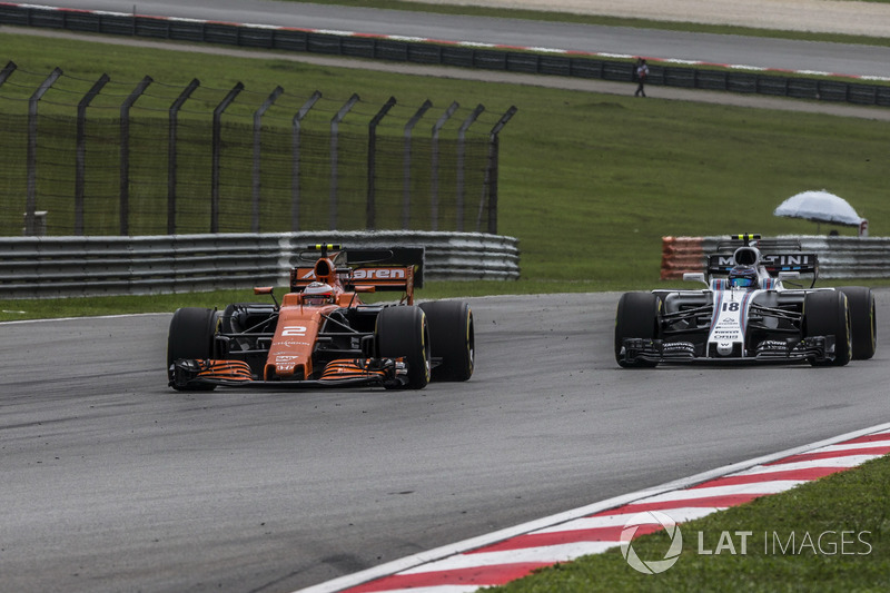 Стоффель Вандорн, McLaren MCL32, Ленс Стролл, Williams FW40