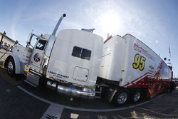 Ryan Blaney, Wood Brothers Racing, Michael McDowell, Leavine Family Racing Chevrolet