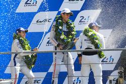 GTE Pro Podyum: 2. Andy Priaulx, Harry Tincknell, Pipo Derani, Ford Chip Ganassi Racing