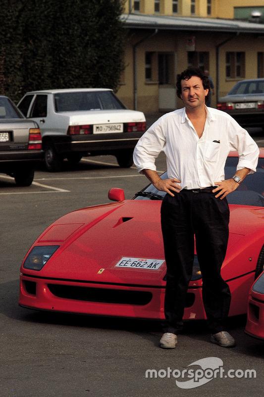 Ferrari F40 та Нік Мейсон із Pink Floyd у Маранелло в 1992 році
