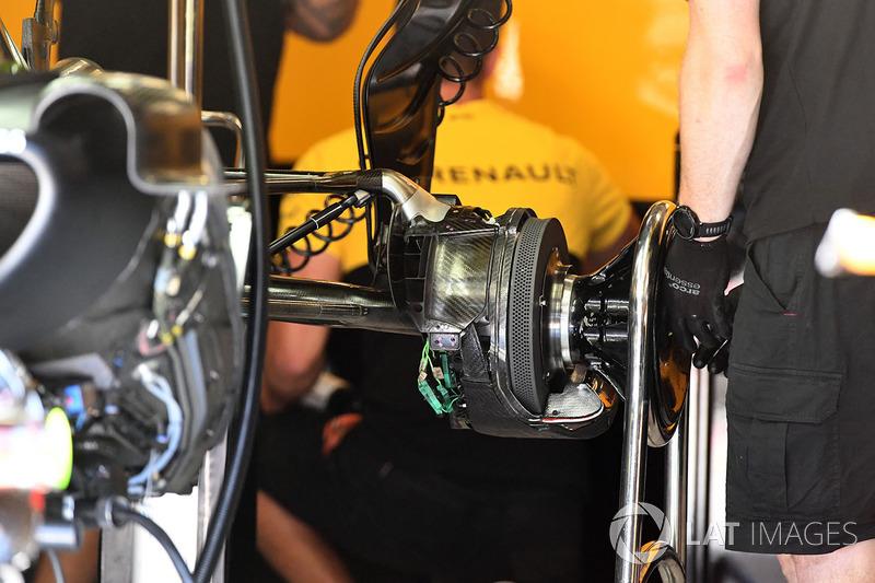 Renault RS17: Hinterradbremse