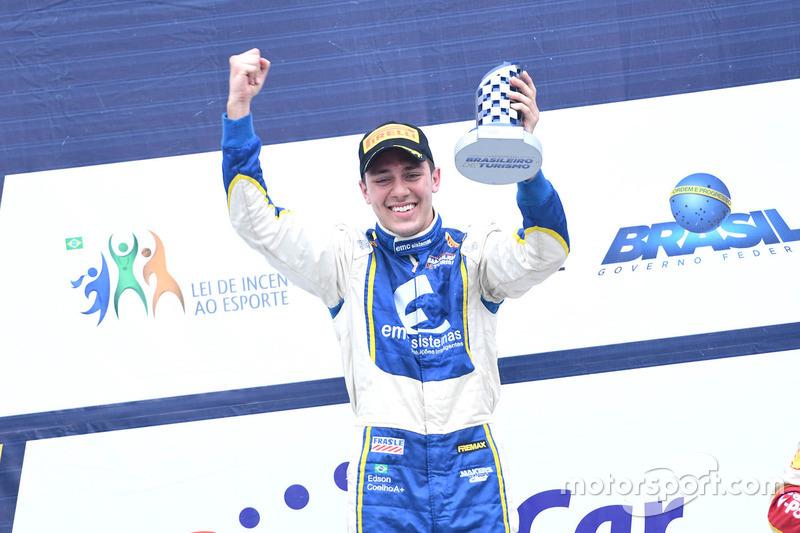 Edson Coelho comemora vitória