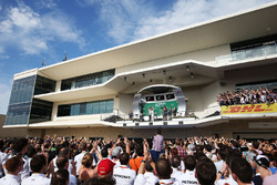 Race winner Lewis Hamilton, Mercedes AMG F1 celebrates with Victoria Vowles, Mercedes AMG F1 Partner Services Director on the podium