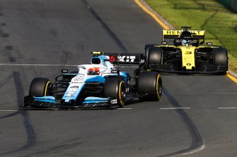 Robert Kubica, Williams FW42, Daniel Ricciardo, Renault F1 Team R.S.19