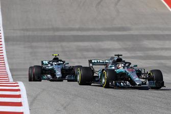 Lewis Hamilton, Mercedes-AMG F1 W09 leads Valtteri Bottas, Mercedes-AMG F1 W09