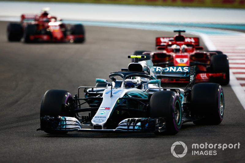 Валттері Боттас, Mercedes AMG F1 W09, Себастьян Феттль, Ferrari SF71H