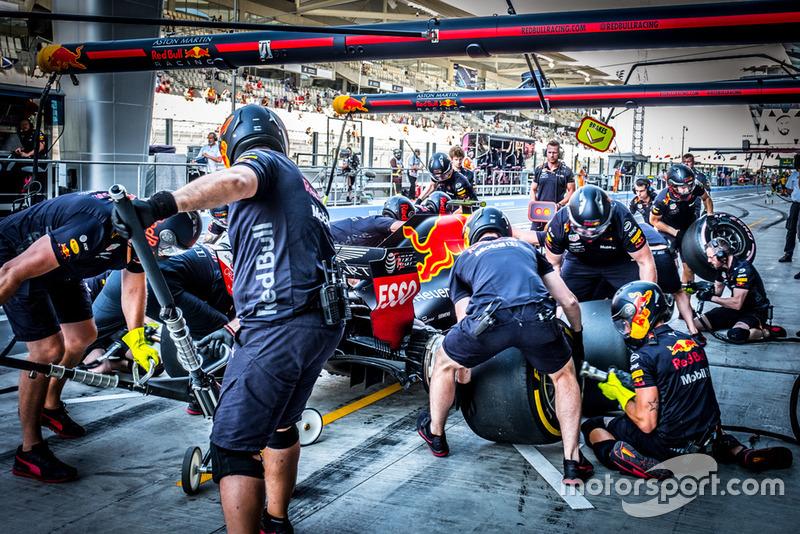 2º Red Bull Racing (2:08)