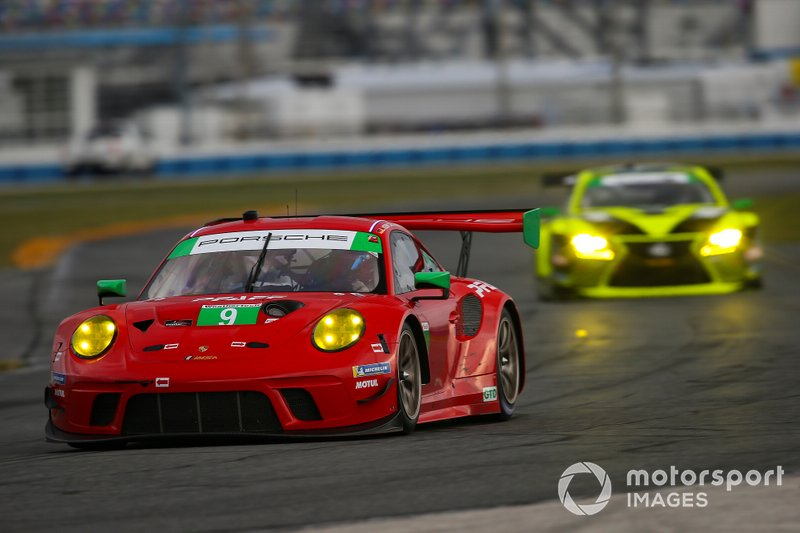 Скотт Харгроув, Закари Робишон, Ларс Керн, PFAFF Motorsports, Porsche 911 GT3 R (№9)