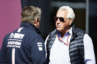 Lawrence Stroll talks to Otmar Szafnauer, Chief Operating Officer, Force India