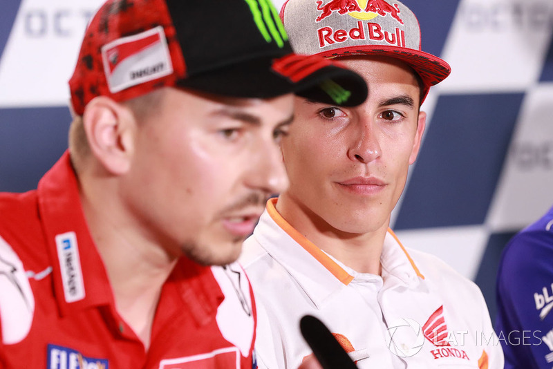 """""""Por outro lado, acho que Márquez se preocupa muito com o que Valentino diz ou faz. Ele só precisa seguir em frente e deixá-lo ir. Ele só precisa continuar fazendo o que ele faz e deixar passar."""""""
