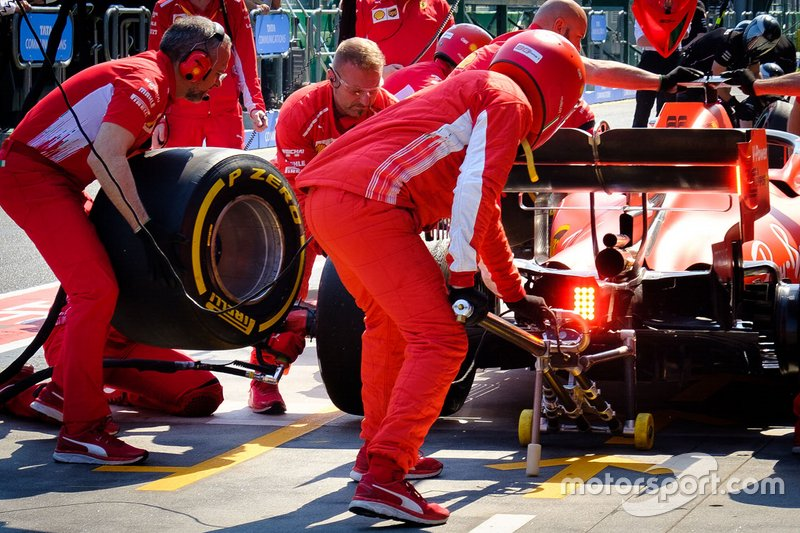 Ferrari pit crew during pitstop