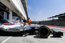 Luca Ghiotto, Williams leaving the pits