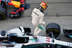 Lewis Hamilton, Mercedes-Benz F1 W08  celebra
