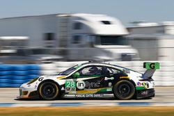 #28 Alegra Motorsports, Porsche 911 GT3 R: Daniel Morad, Michael de Quesada, Michael Christensen, Spencer Pumpelly