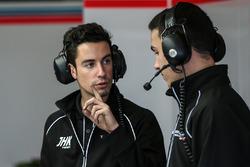 Des membres de l'équipe Teo Martin Motorsport