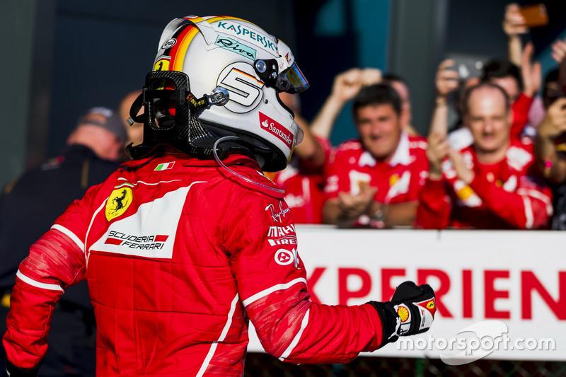 Себастьян Феттель, Ferrari, святкує перемогу