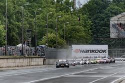 Bruno Spengler, BMW Team RBM, BMW M4 DTM, führt