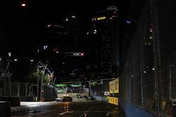 Safety car leads Lewis Hamilton, Mercedes AMG F1 W08, Daniel Ricciardo, Red Bull Racing RB13 and Valtteri Bottas, Mercedes AMG F1 W08