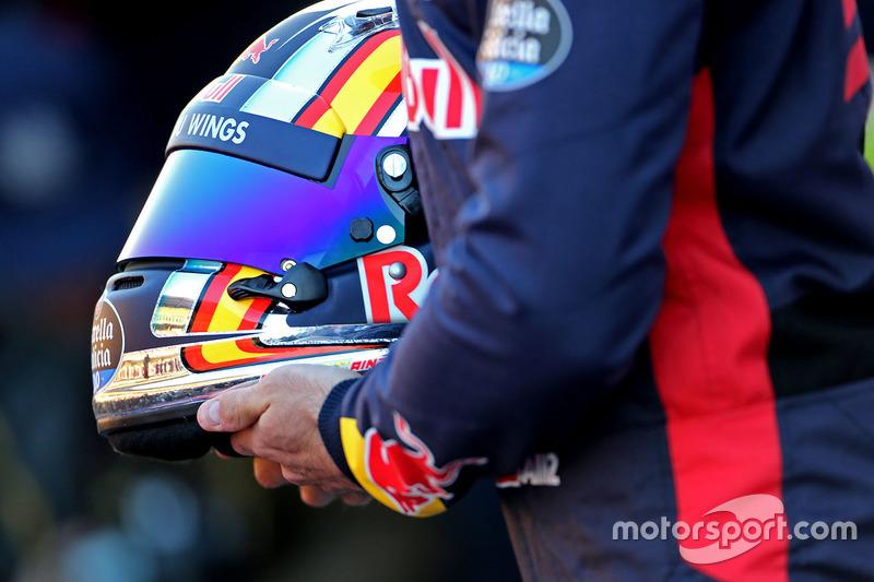 Шлем Карлоса Сайнc, Scuderia Toro Rosso