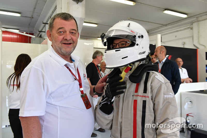 F1 Experiences 2-Seater passenger and Paul Stoddart