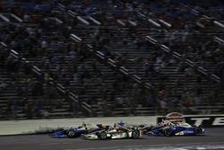 Scott Dixon, Chip Ganassi Racing Honda, Will Power, Team Penske Chevrolet