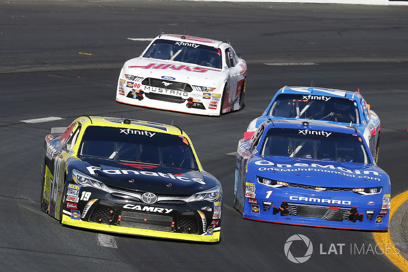 Matt Tifft, Joe Gibbs Racing Toyota and Elliott Sadler, JR Motorsports Chevrolet