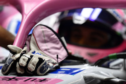 The Alpinestars gloves of Sergio Perez, Force India VJM11
