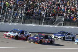 Denny Hamlin, Joe Gibbs Racing Toyota Chris Buescher, JTG Daugherty Racing Chevrolet